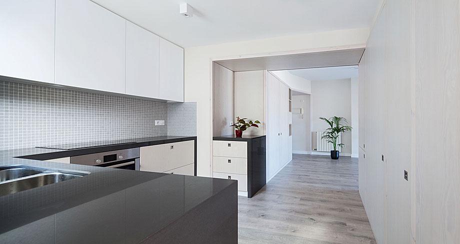 Reformas de casas y viviendas reformas rober en san for Reformar piso con poco dinero