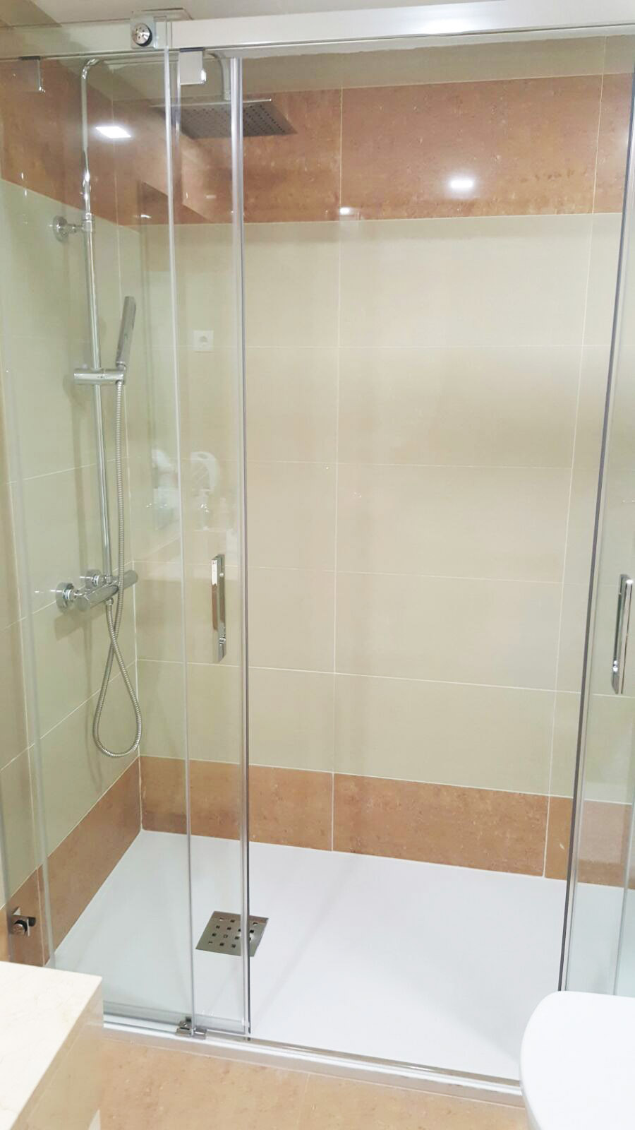 Cambio de ba era por plato de ducha en gipuzkoa - Platos ducha precios ...