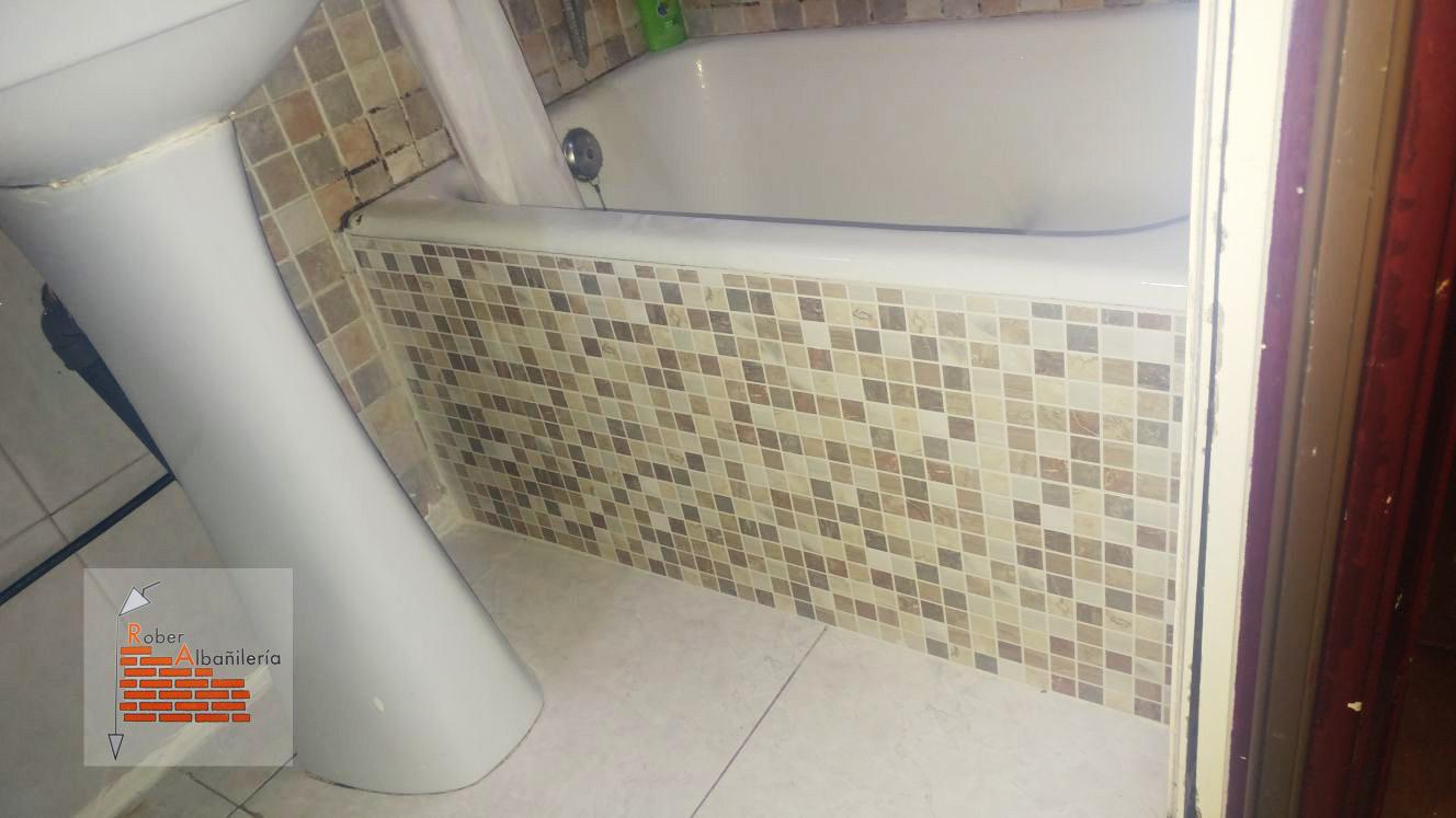 Albañiles en san sebastián donostia especialistas en reparación de frontales de baño